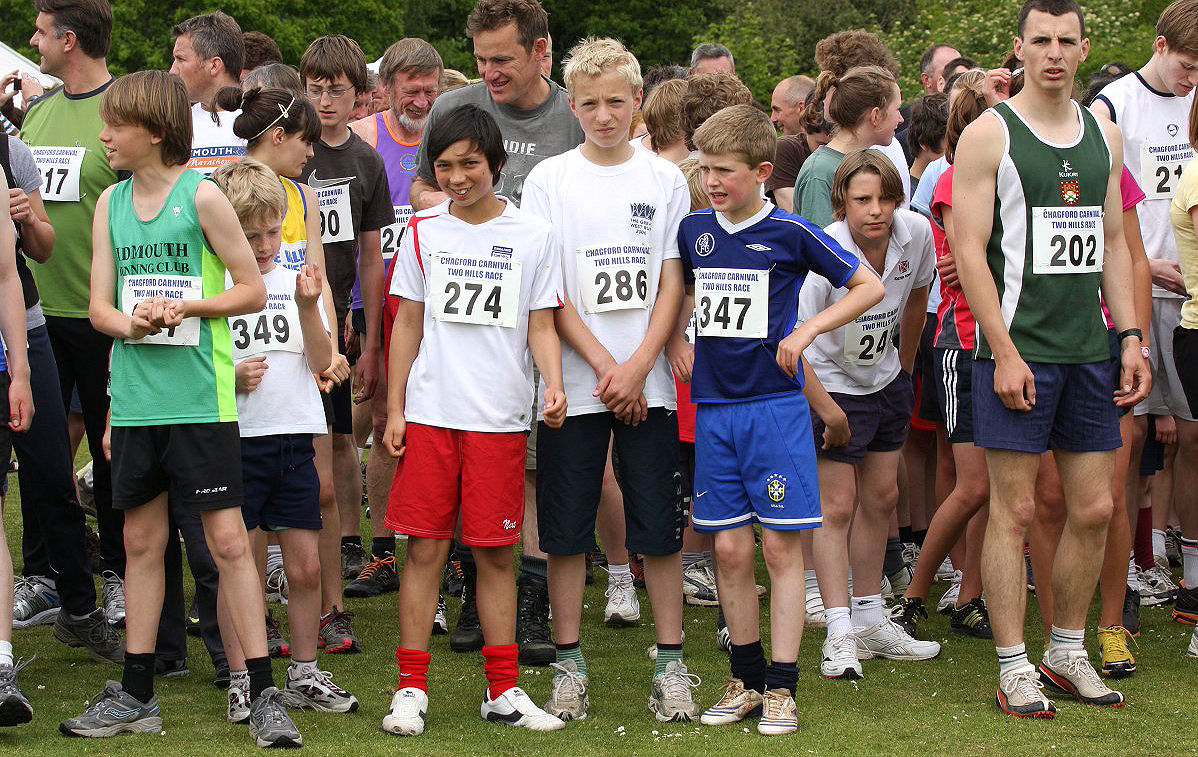 Starting line, local kids usually allowed to be at the front....That state of affairs doesn't last long !