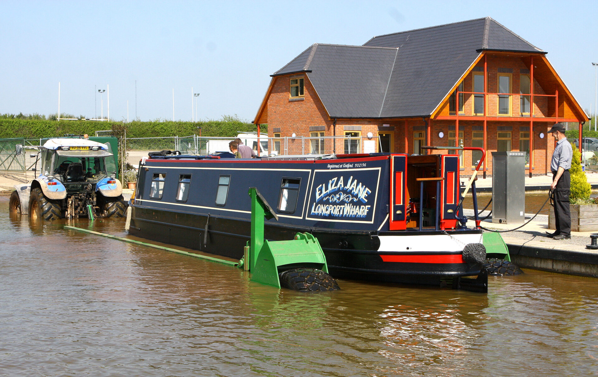 This was our second boat 'Eliza Jane being dropped back in the water by Nick at Droitwich Marina.....