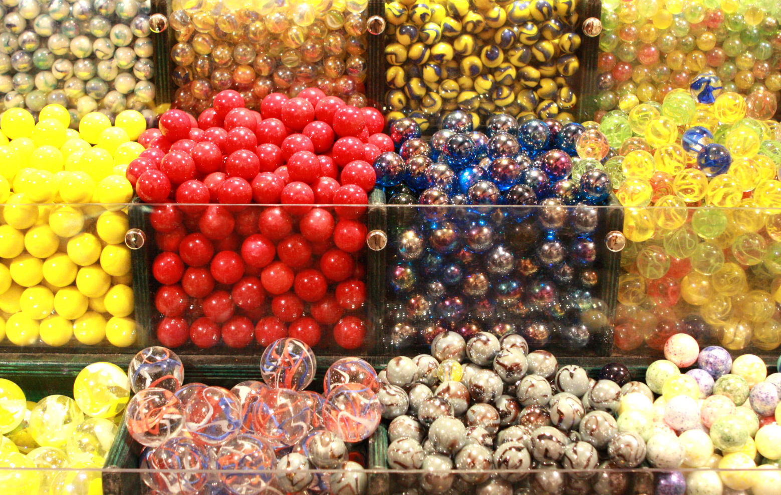 A hundred photo opportunities at the  House of Marbles in Bovey Tracey.