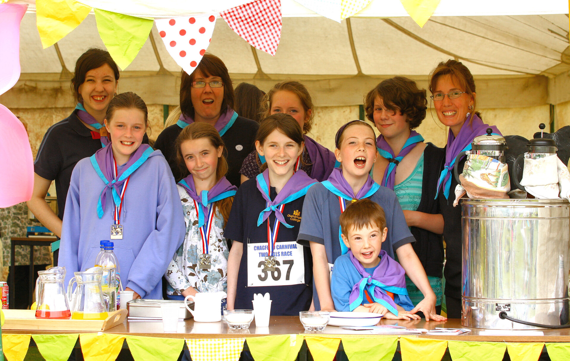 Chagford Guides running the tea tent, and competing at the 2010 race.