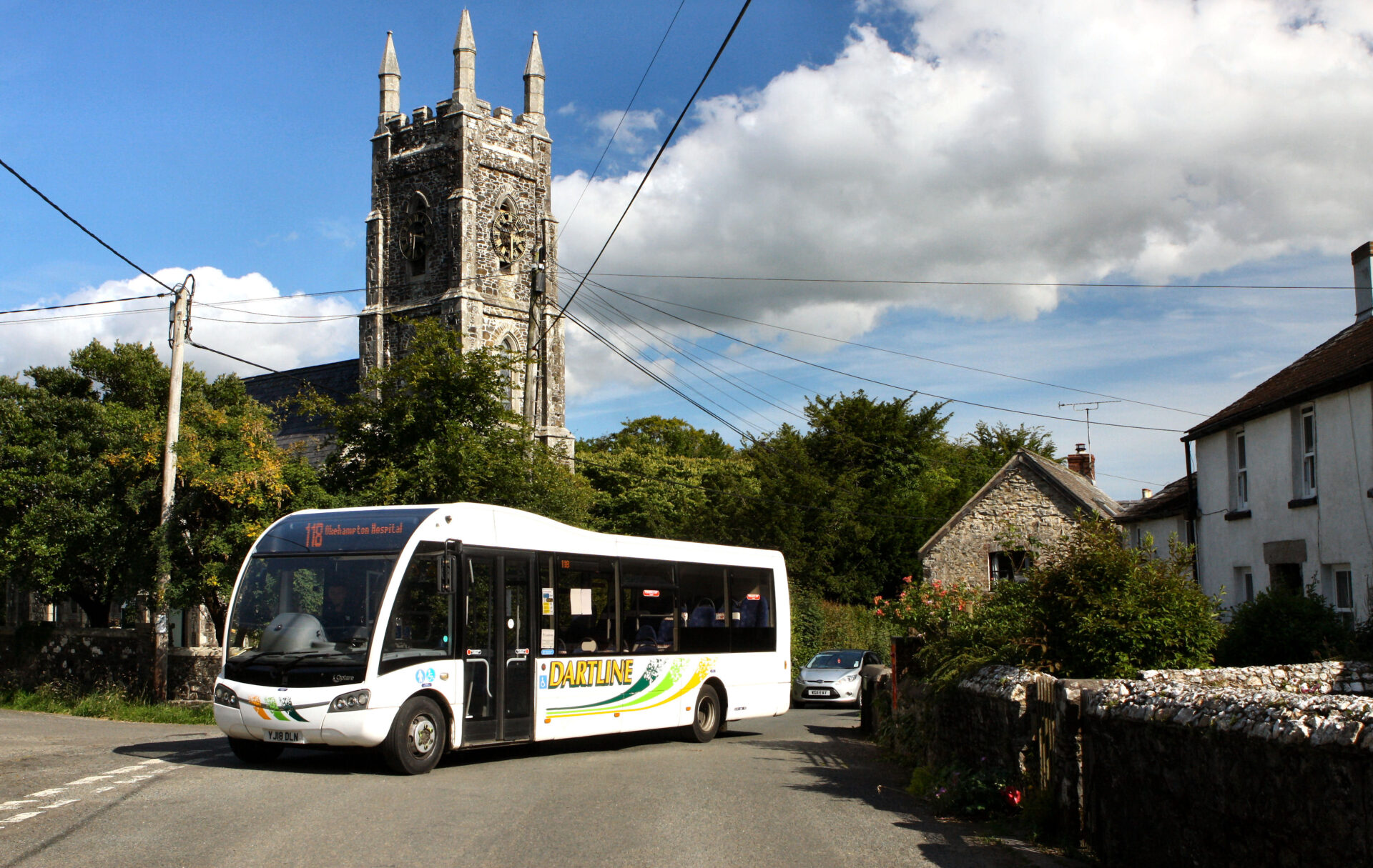 .... here's the bus, the 118 from Okehampton to Tavistock, stopping at pretty villages en-route.
