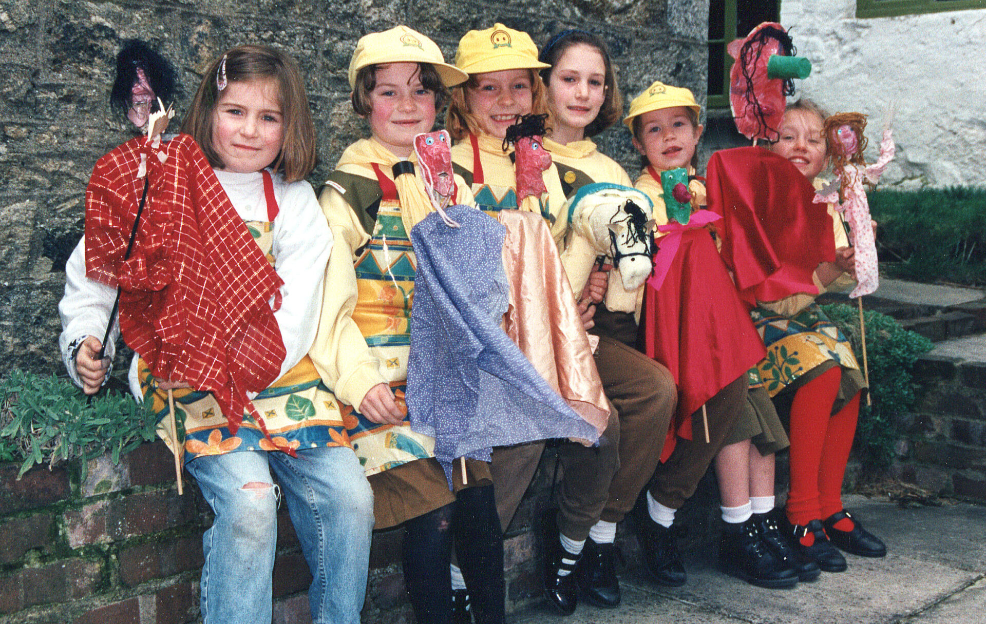 Chagford Brownies made hobby horses in February 1997 Bless 'em.  Do you still keep in touch 23 years on ?